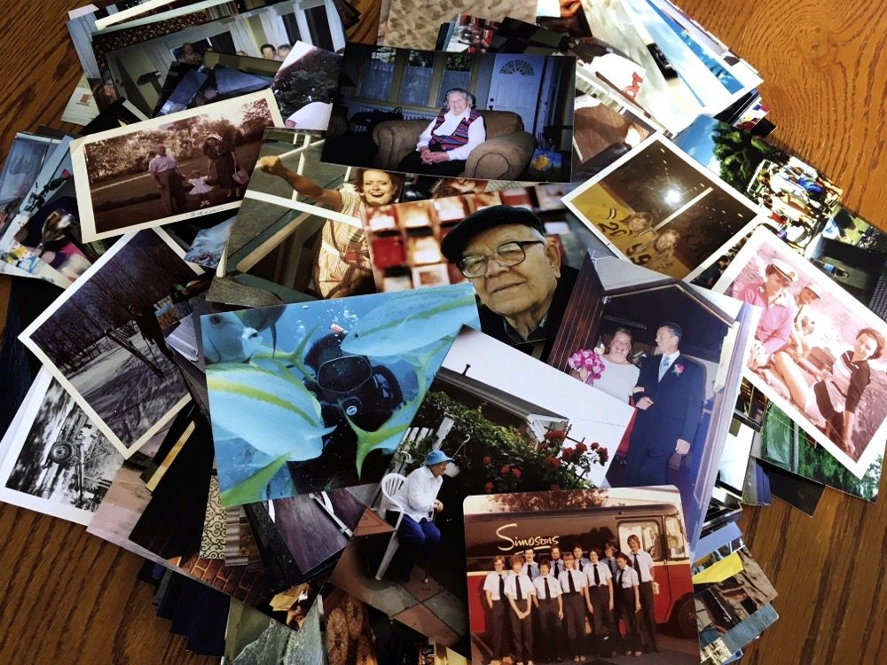 Organize your photos so they tell a story, Daina Makinson says.