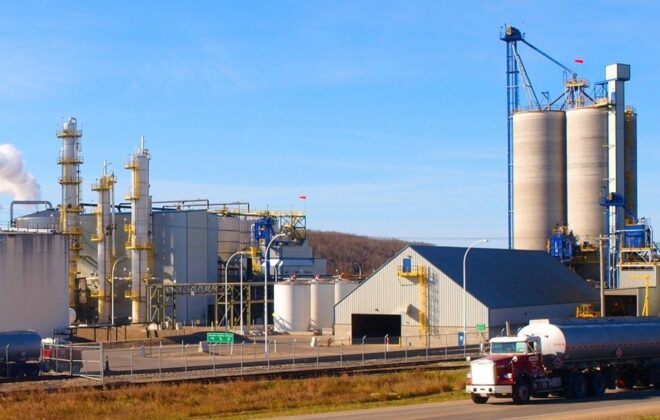 Husky Energy's ethanol plant at Minnedosa, Man., about 45 km north of Brandon. (HuskyGrain.com)