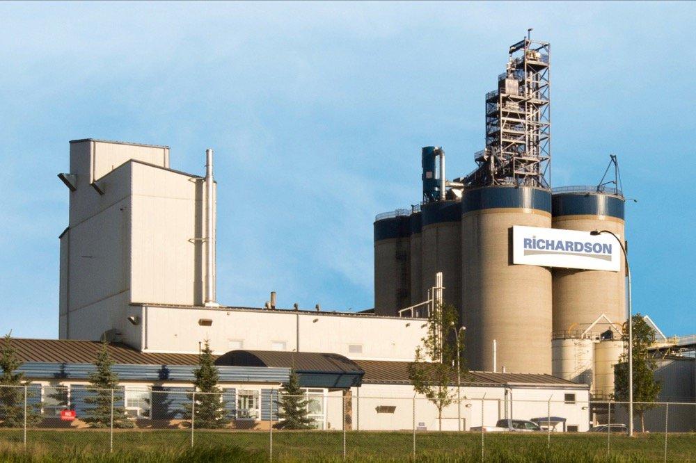 Richardson International's Yorkton, Sask. canola crush plant. (CNW Group/Richardson International)